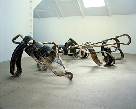 Out of order, 2003