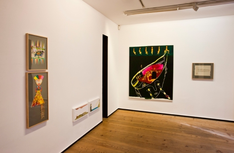 María Bueno, Algo así como un ajuar, Vista de la exposición, 2013. Cortesía Galería Rafael Pérez Hernando, Madrid.